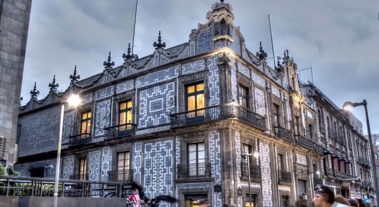 Recorrido a pie por el centro hist rico de ciudad de Historia casa de los azulejos